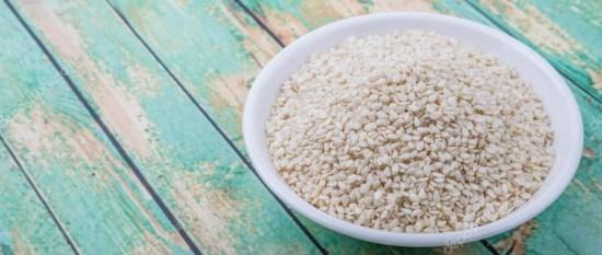 depositphotos_93392372-stock-photo-white-sesame-seeds